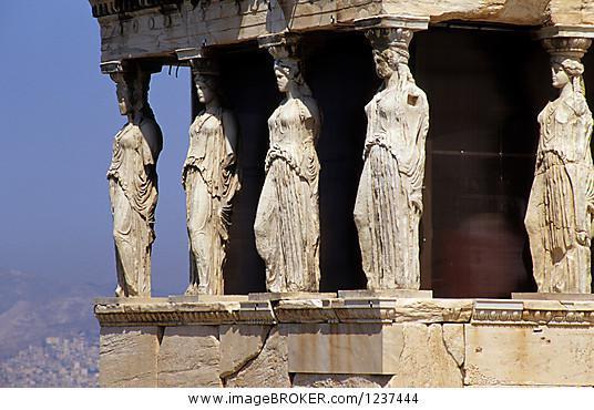 säulenhalle im alten athen