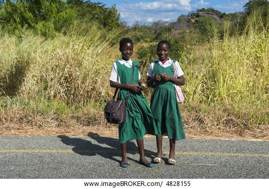 Schulmädchen Junges afrikanisches Lesbensex: Wie